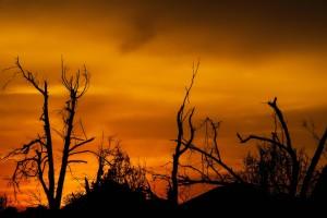 sunset_oklahoma_tornado_damage